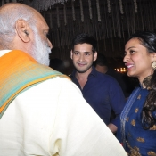 Maheshbabu at aswini dutt daughter marriage  (8)