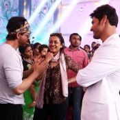 Dilwale team in Brahmotsavam sets (4)