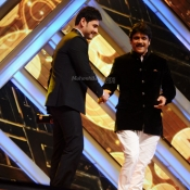 maheshbabu-at-iifa-utsavam-photos (2)
