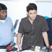maheshbabu-univercell-launch-34